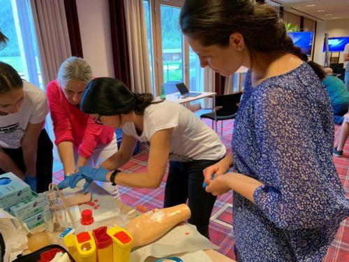 Erste-Hilfe-Kurs - Versorgung von Schnittwunden